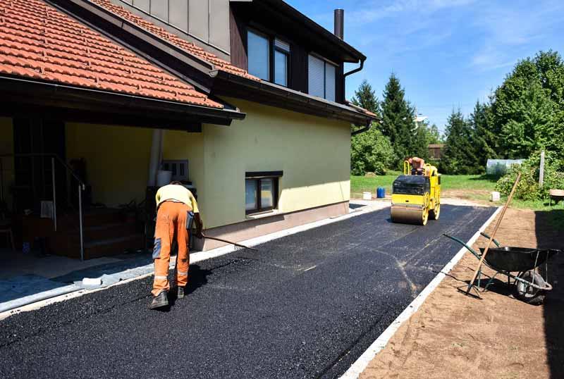 reconstructing-asphalt-driveway-ac-paving